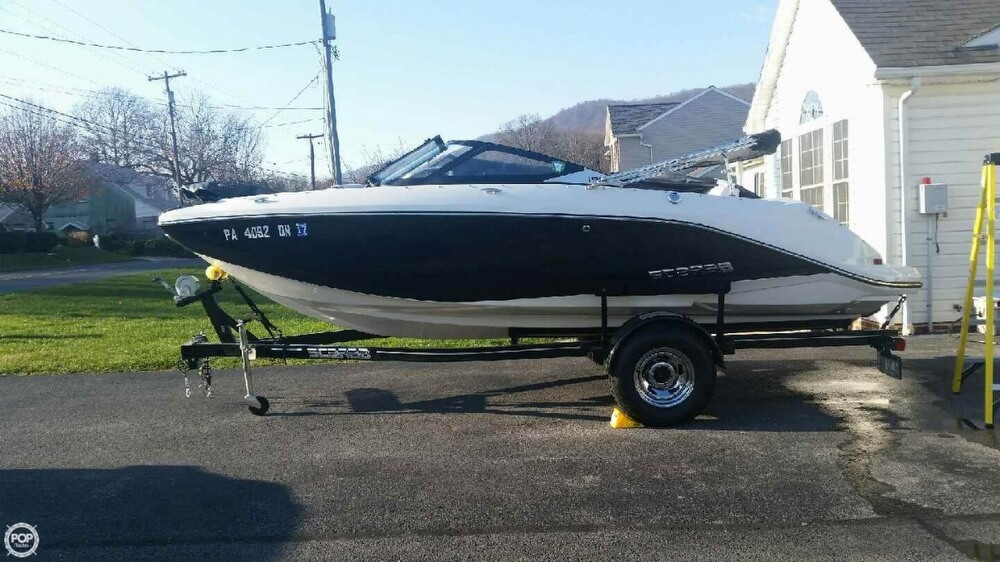 2014 Scarab boat for sale, model of the boat is 18 & Image # 2 of 7