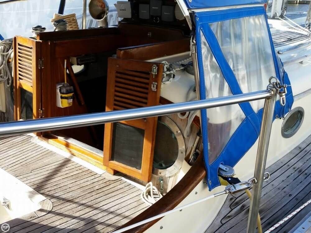 1986 Lord Nelson 35 Cutter - Photo #9