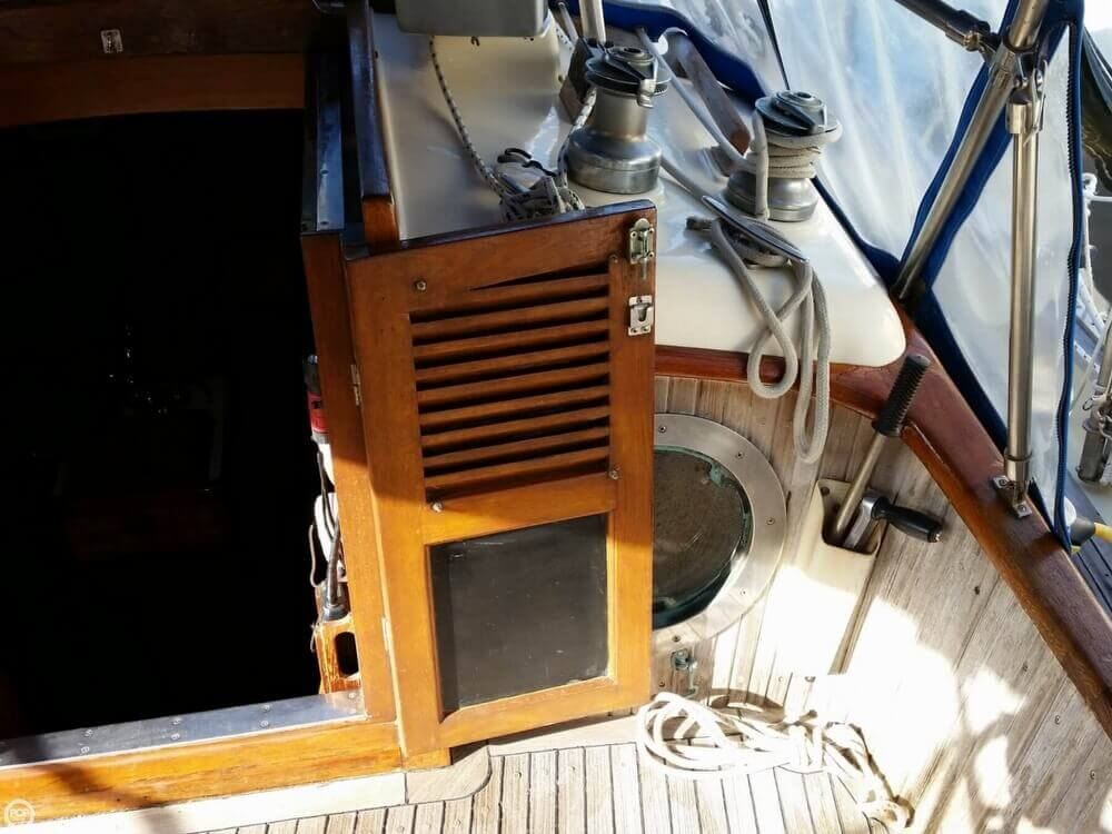 1986 Lord Nelson 35 Cutter - Photo #15