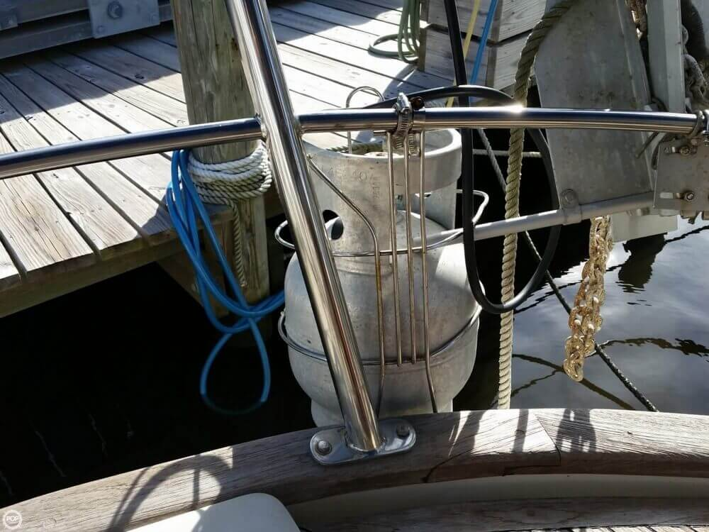 1986 Lord Nelson 35 Cutter - Photo #26