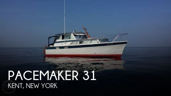 1966 Pacemaker 31 - Photo #1