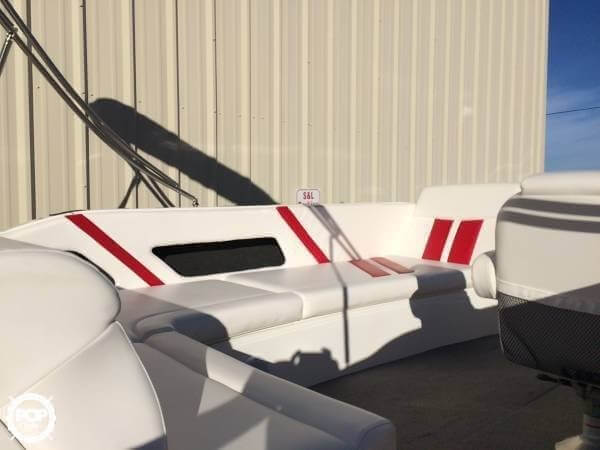 2014 Lowe boat for sale, model of the boat is 21 Sport Deck & Image # 4 of 9