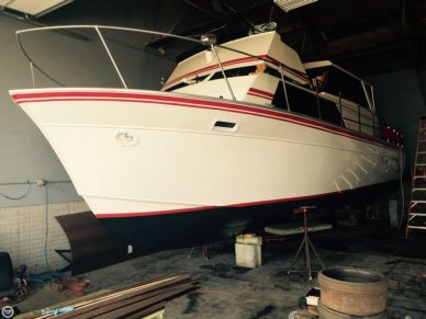 Marinette Sedan Flybridge 32, 32', for sale - $32,500