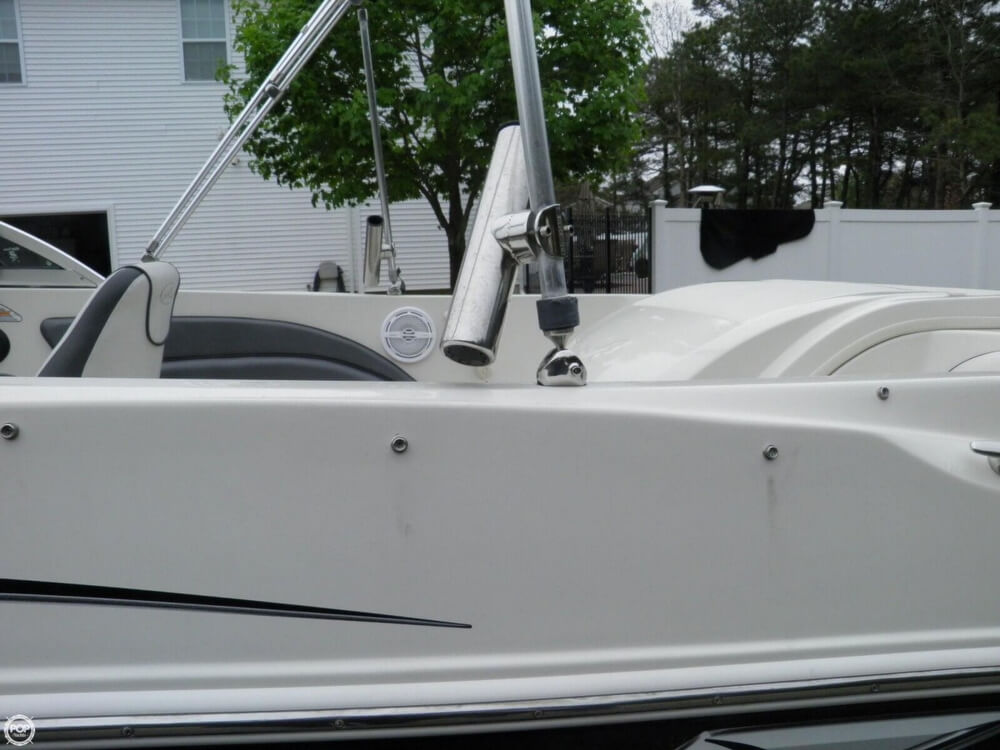 2010 Sea Ray boat for sale, model of the boat is 175 Sport & Image # 28 of 40