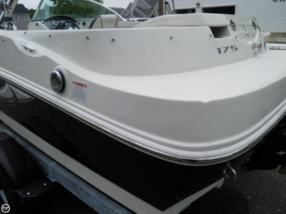 2010 Sea Ray boat for sale, model of the boat is 175 Sport & Image # 31 of 40