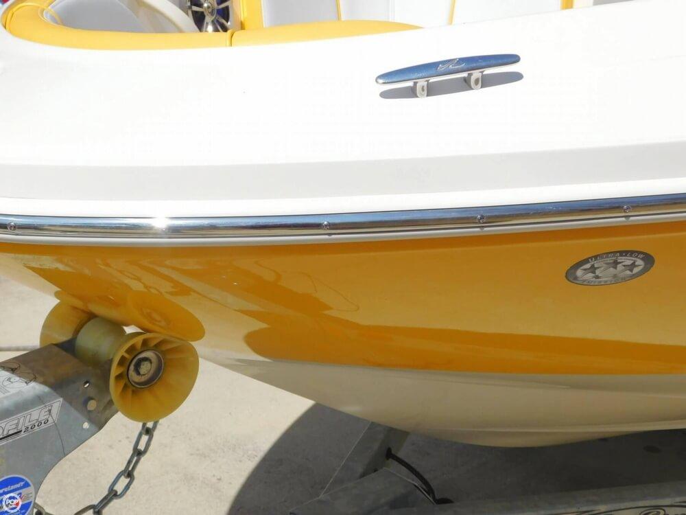 2010 Sea Ray 185 Sport - Photo #11
