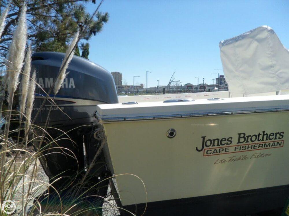 2009 Jones Brothers Cape Fisherman 23 - Photo #19