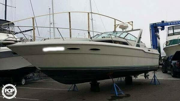 1988 Sea Ray boat for sale, model of the boat is 300 Sundancer & Image # 2 of 40