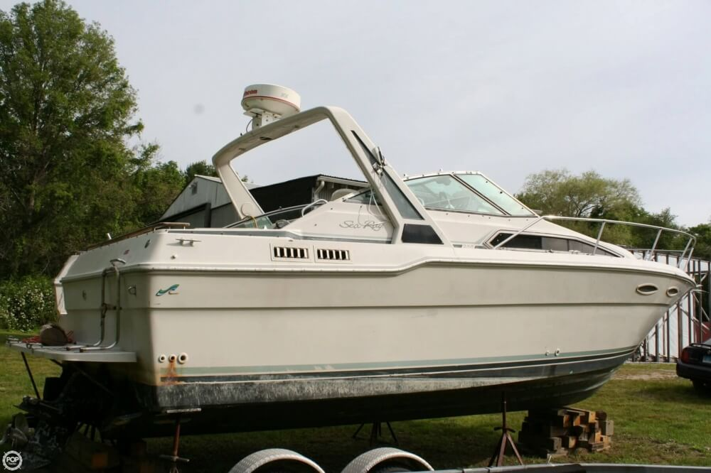 1988 Sea Ray boat for sale, model of the boat is 300 Sundancer & Image # 11 of 40