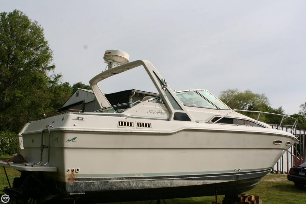 1988 Sea Ray boat for sale, model of the boat is 300 Sundancer & Image # 12 of 40
