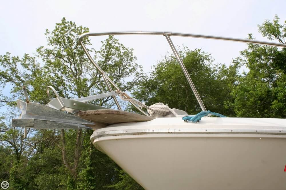 1988 Sea Ray boat for sale, model of the boat is 300 Sundancer & Image # 16 of 40