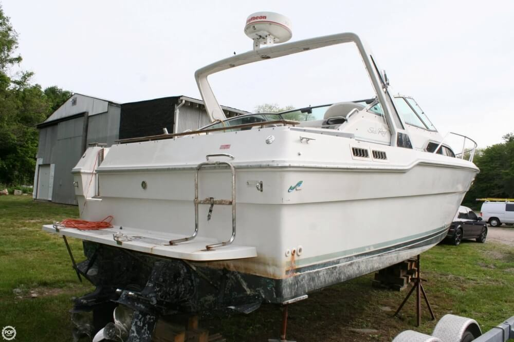1988 Sea Ray boat for sale, model of the boat is 300 Sundancer & Image # 32 of 40