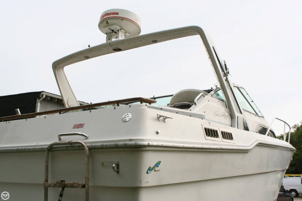 1988 Sea Ray boat for sale, model of the boat is 300 Sundancer & Image # 33 of 40