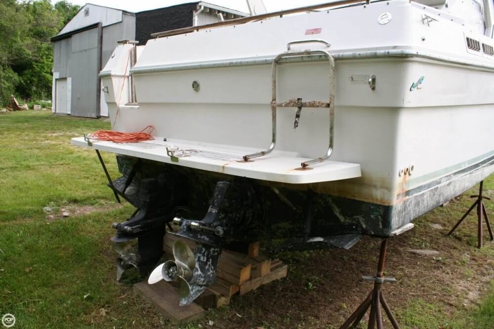 1988 Sea Ray boat for sale, model of the boat is 300 Sundancer & Image # 35 of 40