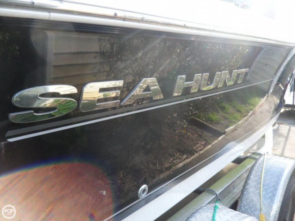 2011 Sea Hunt Escape 207LE - Photo #4