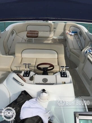 2000 Chris-Craft 328 - Photo #2