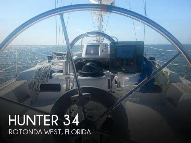 1983 Hunter 34 - Photo #1