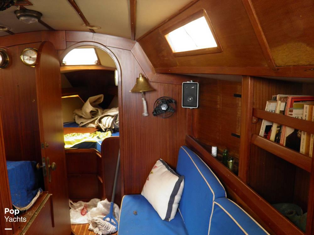 1984 Argonautica boat for sale, model of the boat is Cruz Del Sur & Image # 14 of 40