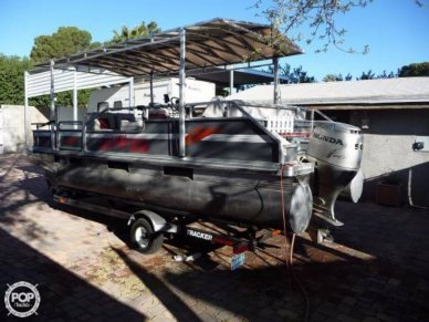Tracker 20 Bass Buggy, 20', for sale - $16,500