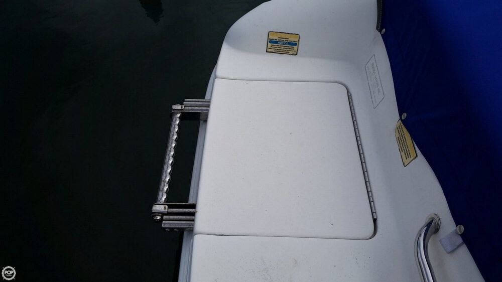 1998 Sea Ray 230 Bow Rider Signature Select - Photo #27
