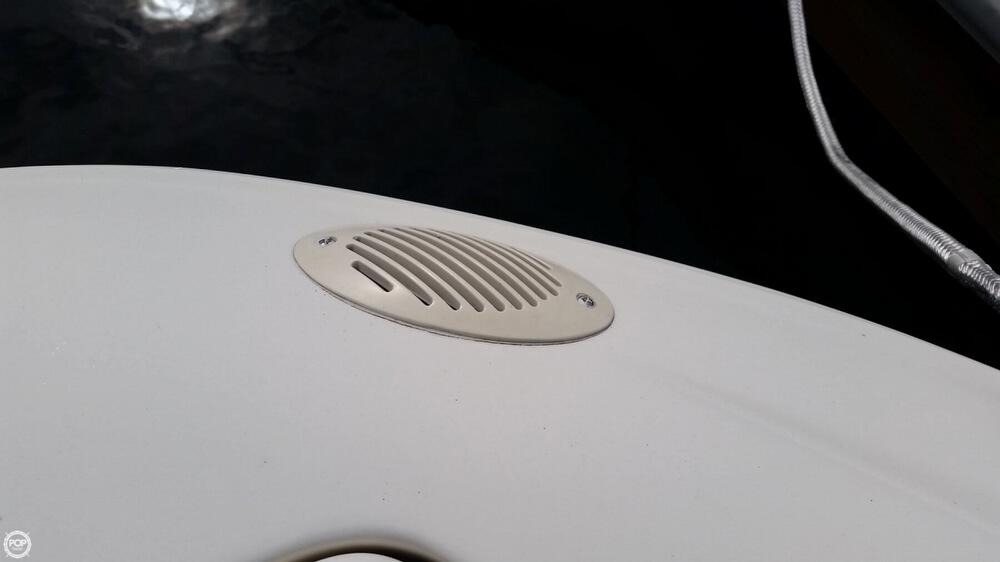 1998 Sea Ray 230 Bow Rider Signature Select - Photo #37
