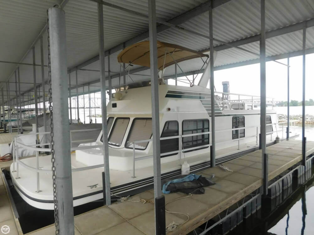 2005 Gibson boat for sale, model of the boat is 42 SS & Image # 13 of 40