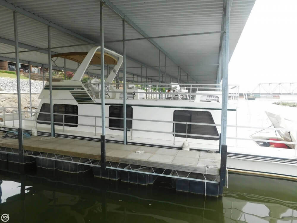 2005 Gibson boat for sale, model of the boat is 42 SS & Image # 16 of 40