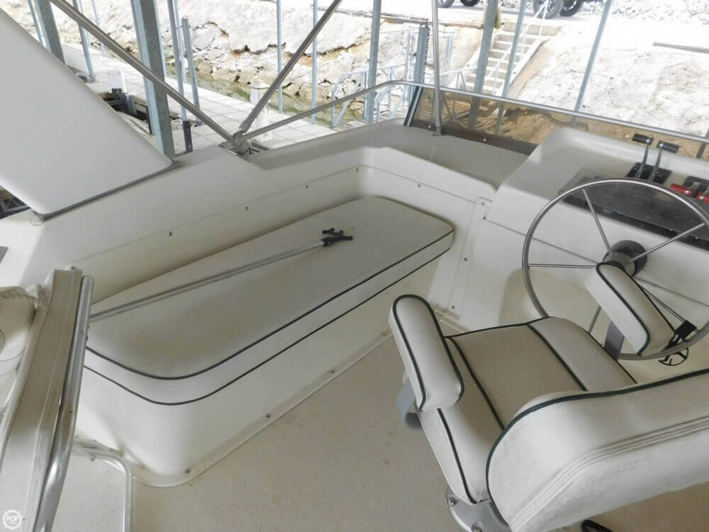 2005 Gibson boat for sale, model of the boat is 42 SS & Image # 22 of 40