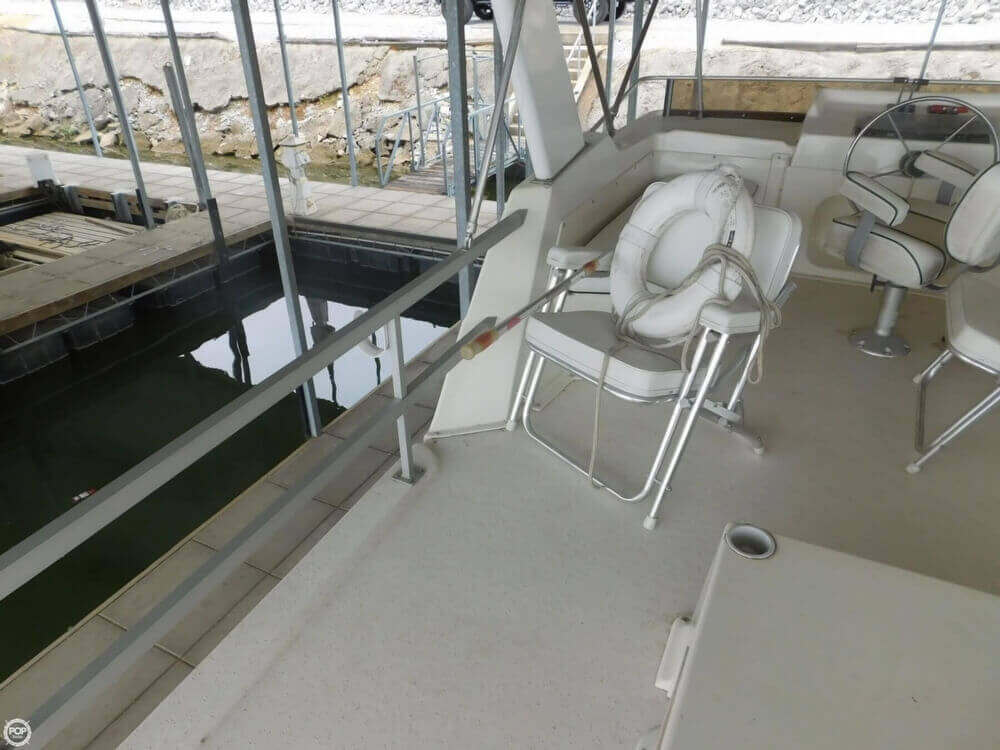 2005 Gibson boat for sale, model of the boat is 42 SS & Image # 25 of 40