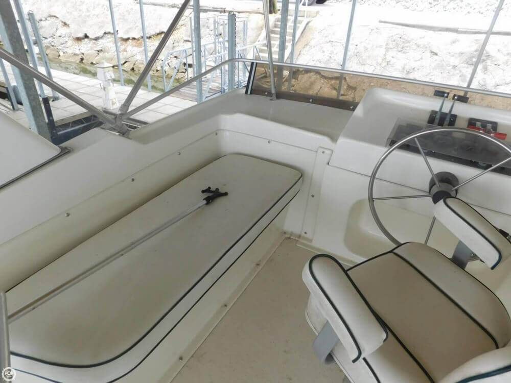 2005 Gibson boat for sale, model of the boat is 42 SS & Image # 30 of 40