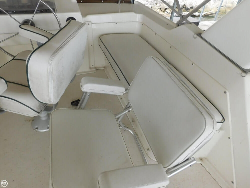 2005 Gibson boat for sale, model of the boat is 42 SS & Image # 32 of 40