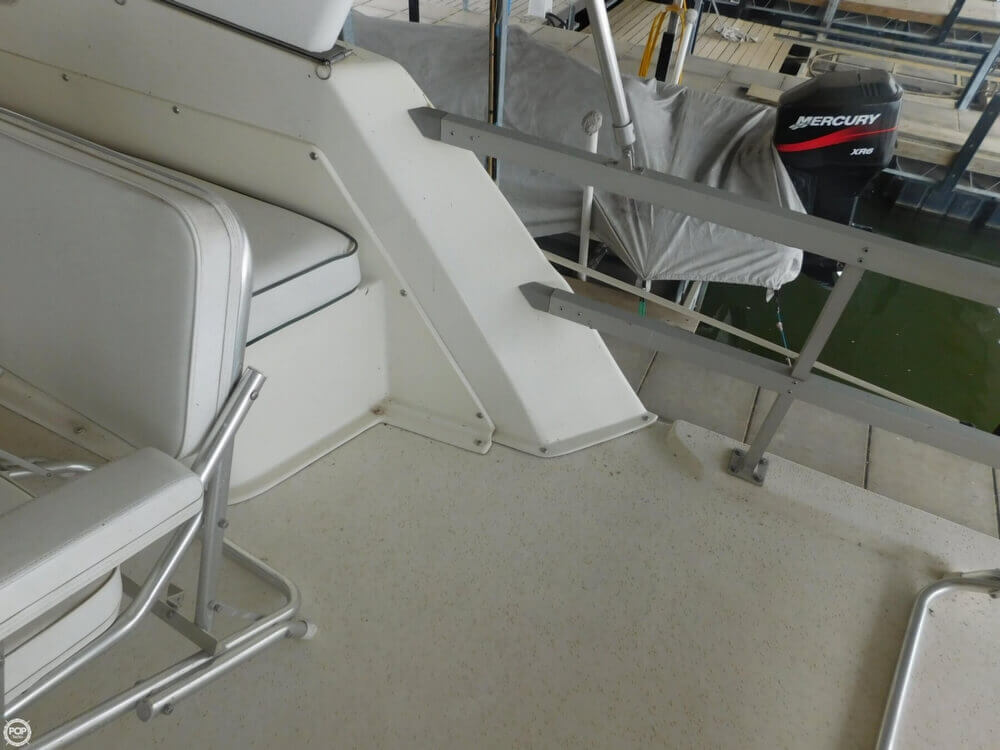 2005 Gibson boat for sale, model of the boat is 42 SS & Image # 33 of 40