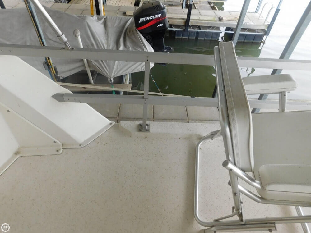 2005 Gibson boat for sale, model of the boat is 42 SS & Image # 34 of 40