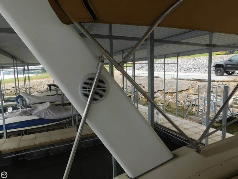 2005 Gibson boat for sale, model of the boat is 42 SS & Image # 36 of 40