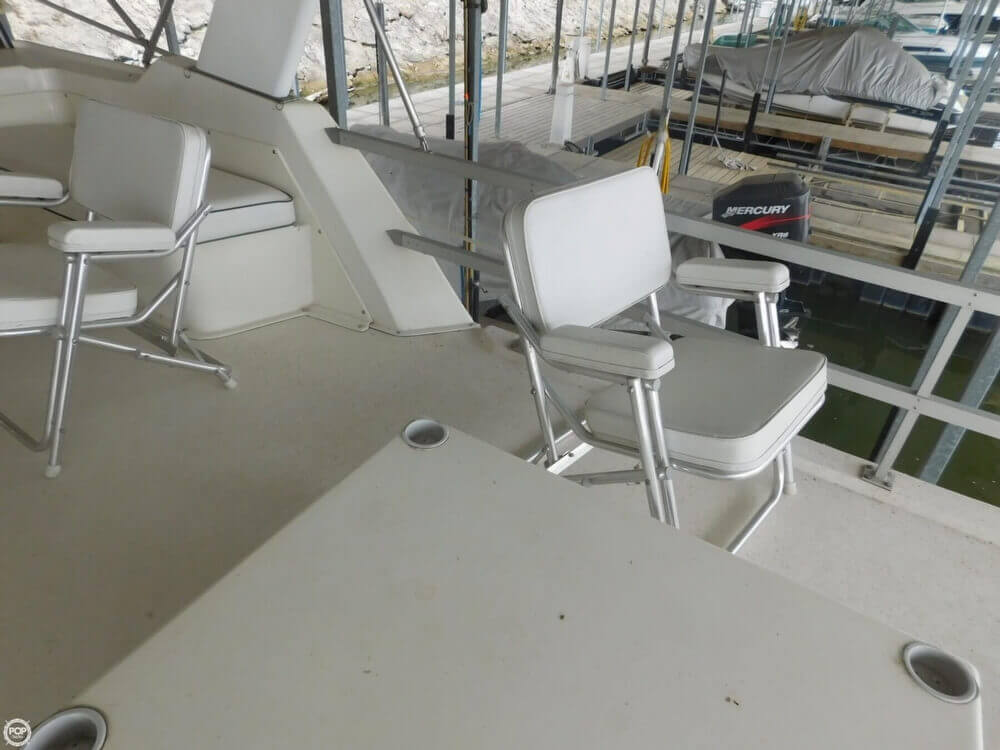 2005 Gibson boat for sale, model of the boat is 42 SS & Image # 38 of 40