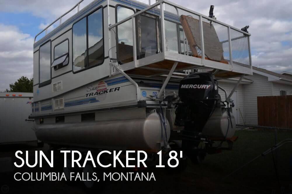 1993 Sun Tracker 18 Tritoon Cabin - Photo #1