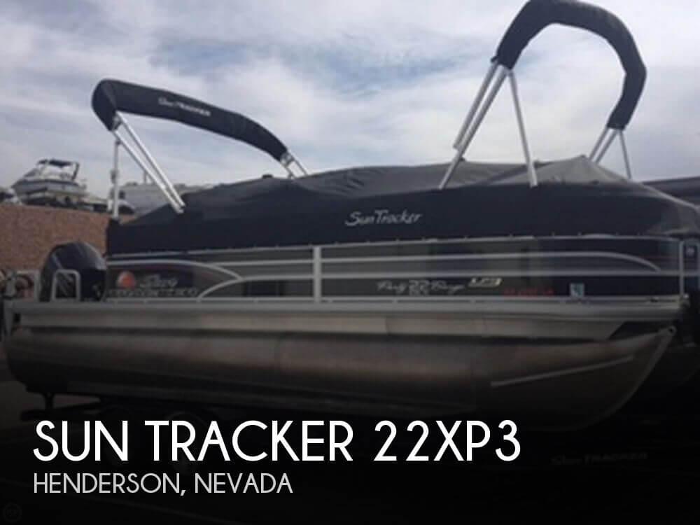 2015 Sun Tracker 22 - Photo #1