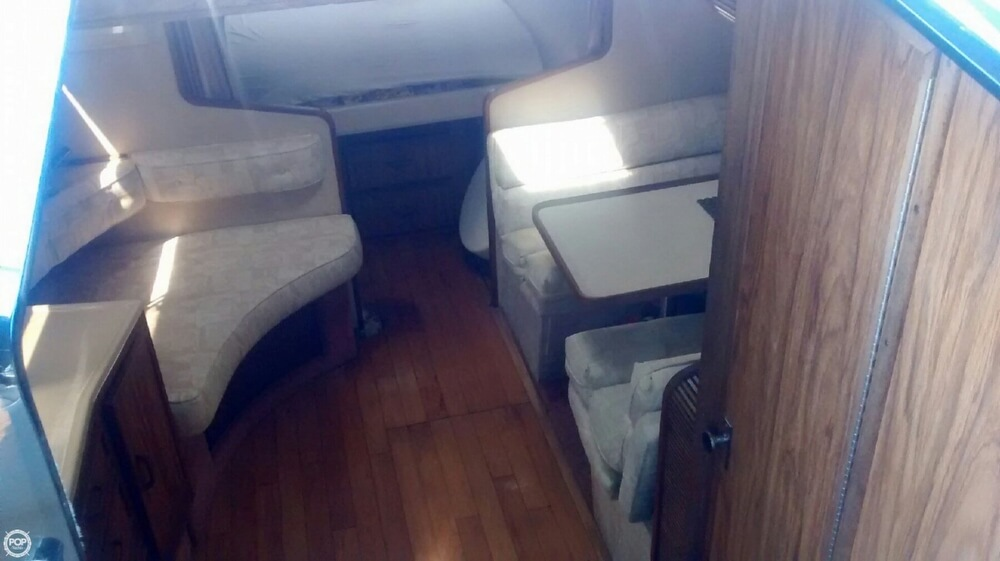1985 Sea Ray 34 - Photo #6