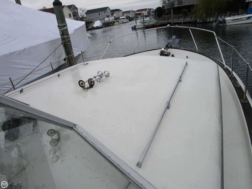 1969 Chris Craft boat for sale, model of the boat is 38 Commander & Image # 30 of 40