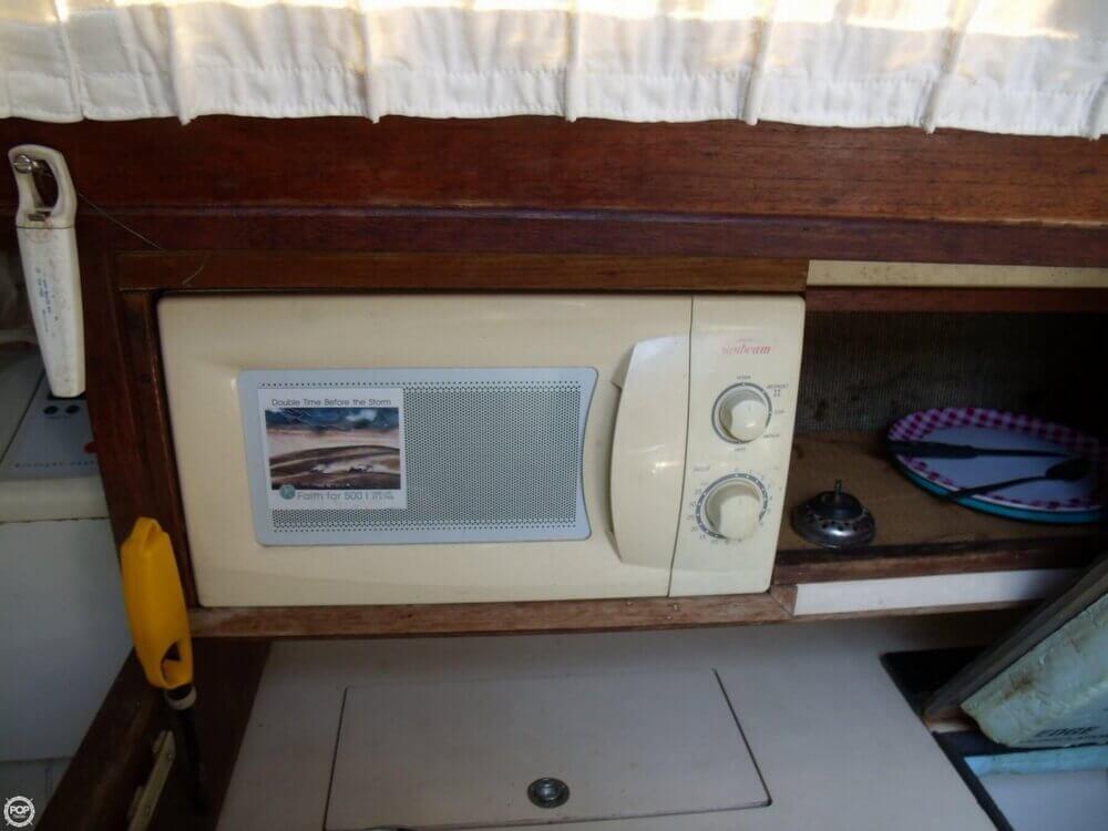 1983 S2 Yachts 9.2 C - Photo #19