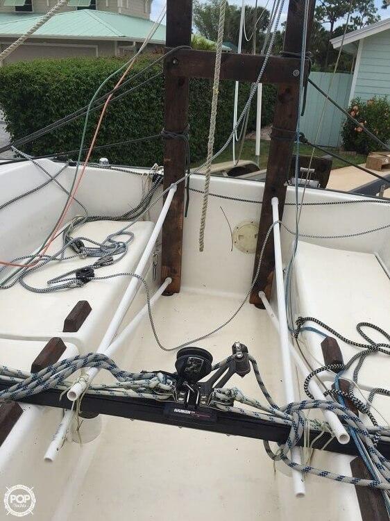 1982 S2 Yachts S2 7.9M - Photo #7