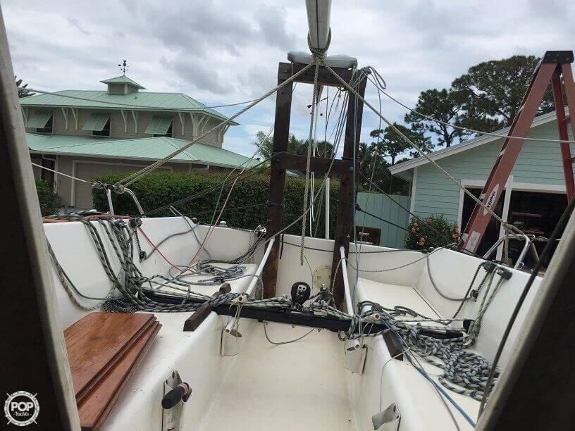 1982 S2 Yachts S2 7.9M - Photo #8