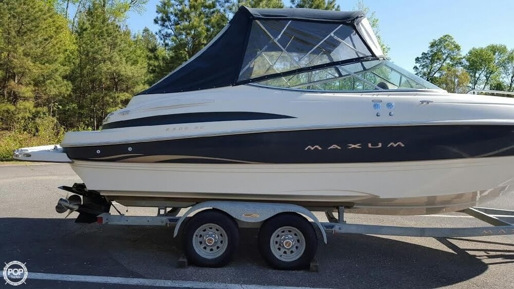 2002 Maxum 2300 Sport - Photo #21