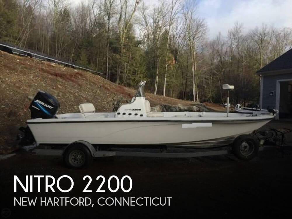 2005 NITRO 2200 for sale