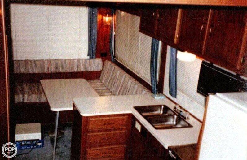 1987 Harbor Master 375 - Photo #4