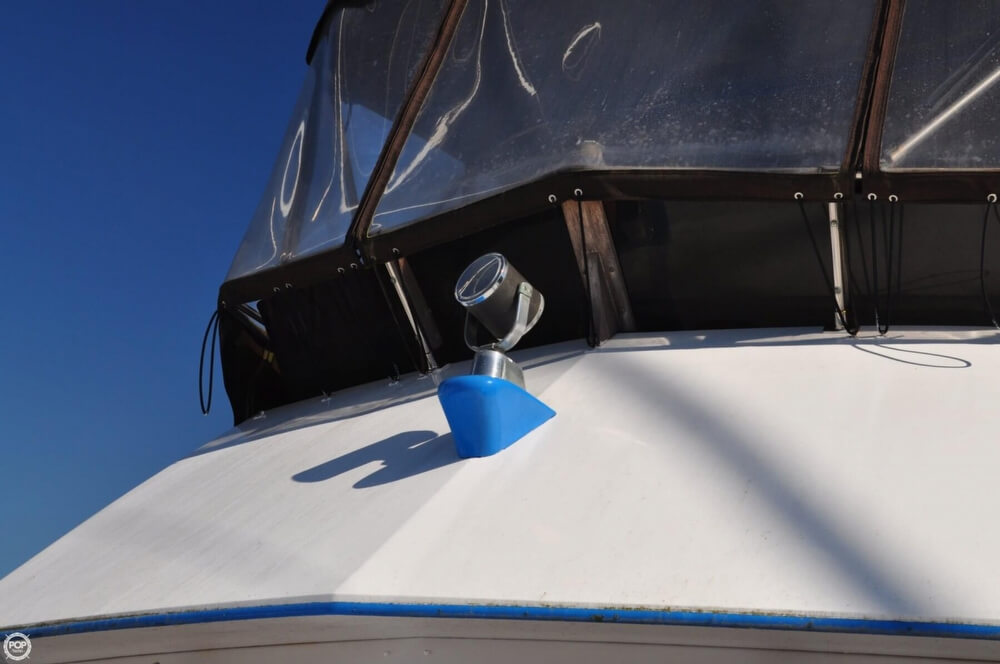 1978 Carver 3326 Voyager - Photo #28