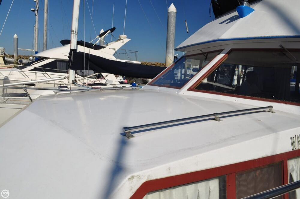 1978 Carver 3326 Voyager - Photo #29