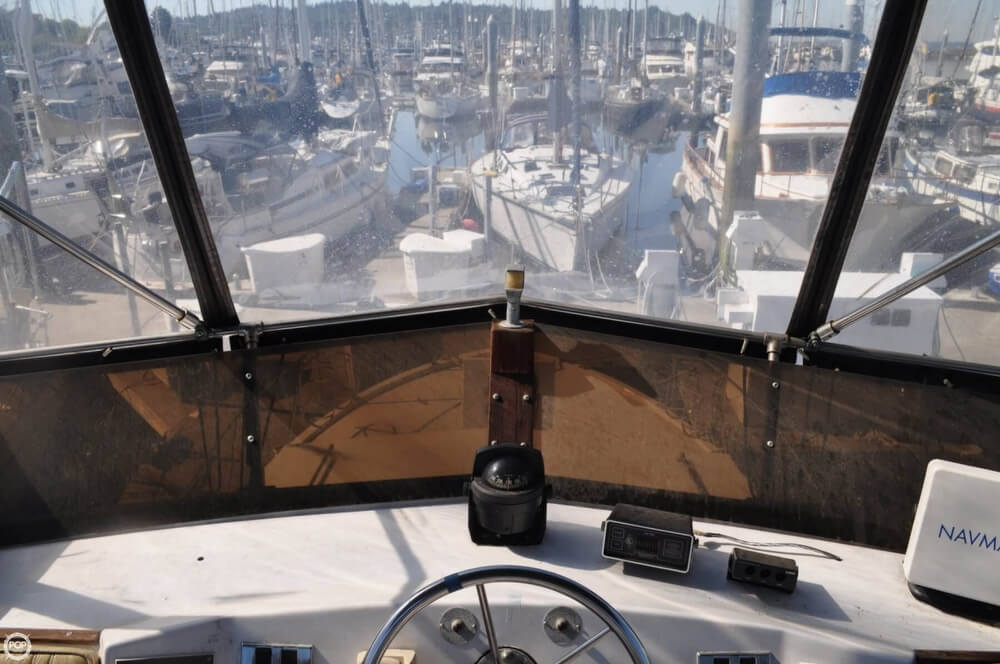 1978 Carver 3326 Voyager - Photo #34