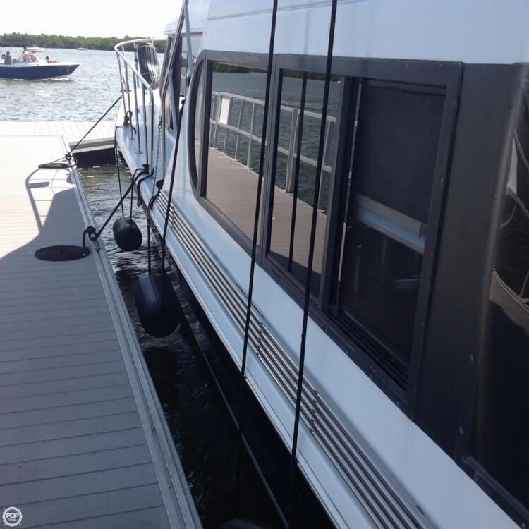 1993 Bluewater Yachts 46 - Photo #29