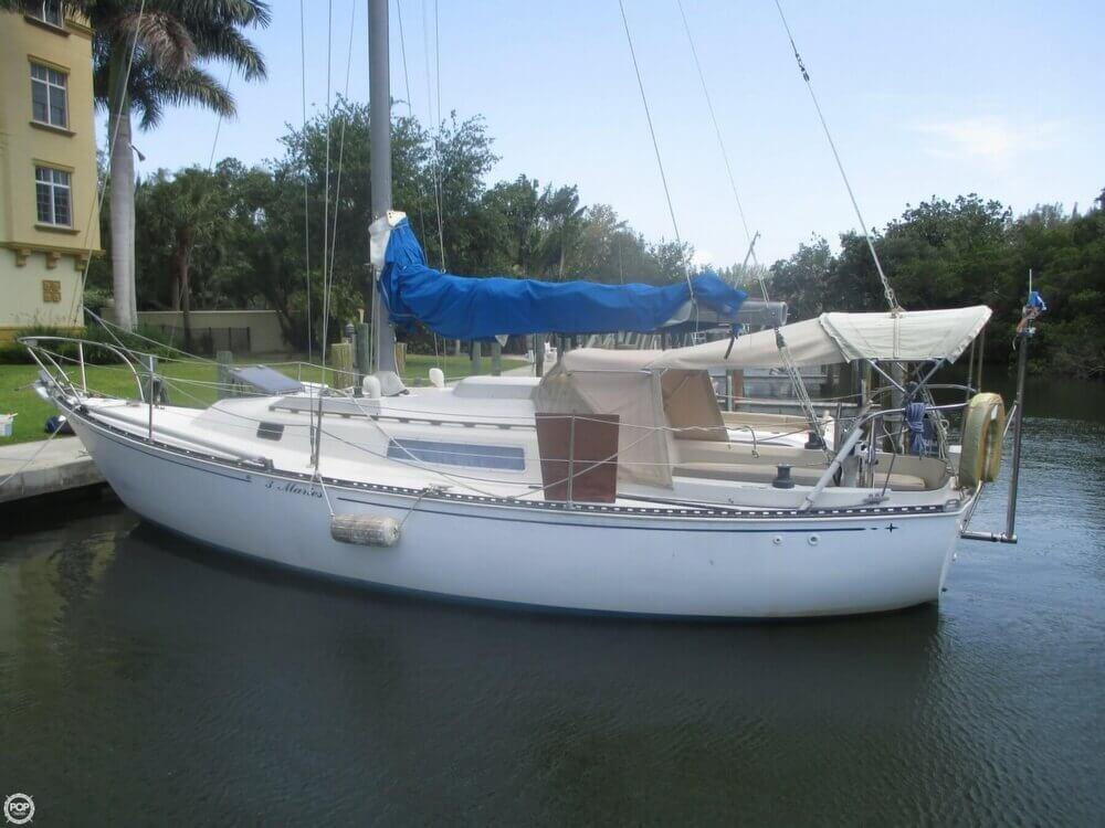 1979 C & C Yachts 30 - Photo #35